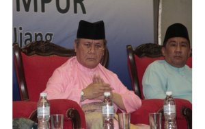 Tun Ahmad Fairuz-Semaianstage